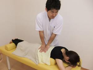 腰痛 手技